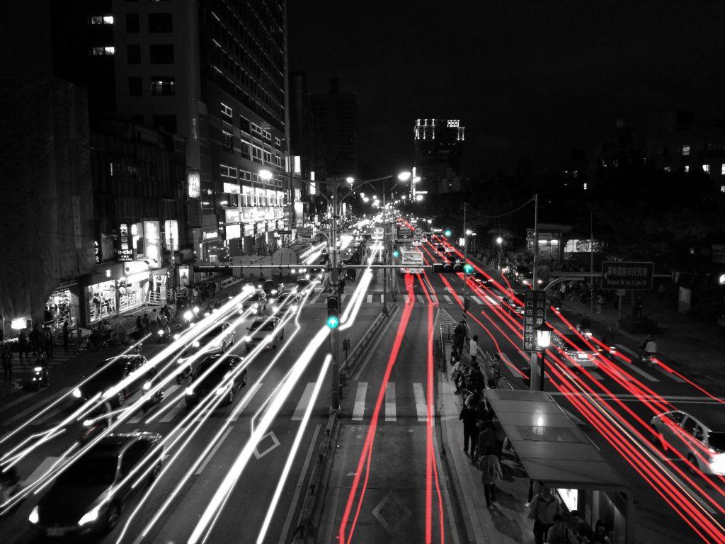 Taipei light-black-and-white-road-skyline-traffic-street-709790-pxhere.com